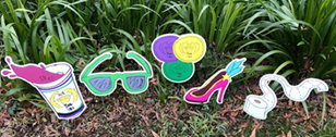Festive and Fun Yard Signs to Celebrate Mardi Gras